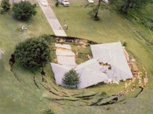 Image - Home in Sinkhole